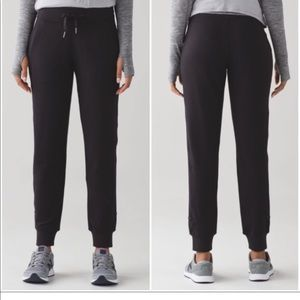 Lululemon Ready to Rulu Pant